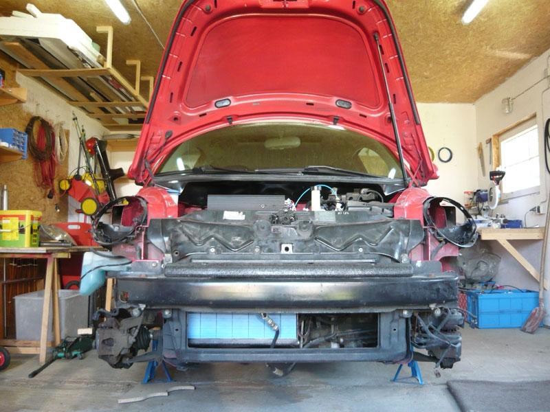 New Beetle Elektroauto Blog Motor ausgebaut