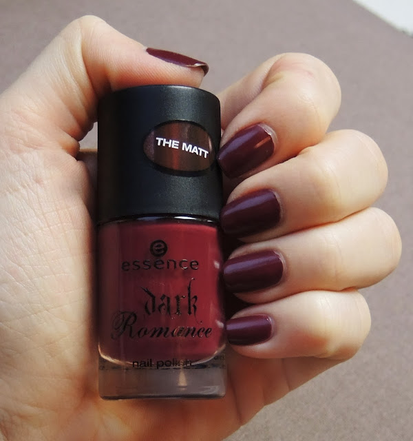 Essence Dark Romance - Red Romance