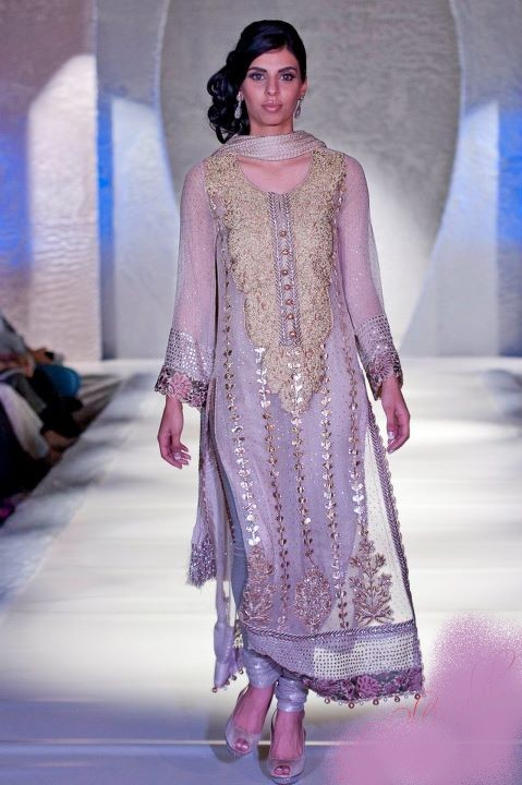 Creative Dresses For Women In Pakistan By Warda  StylePk