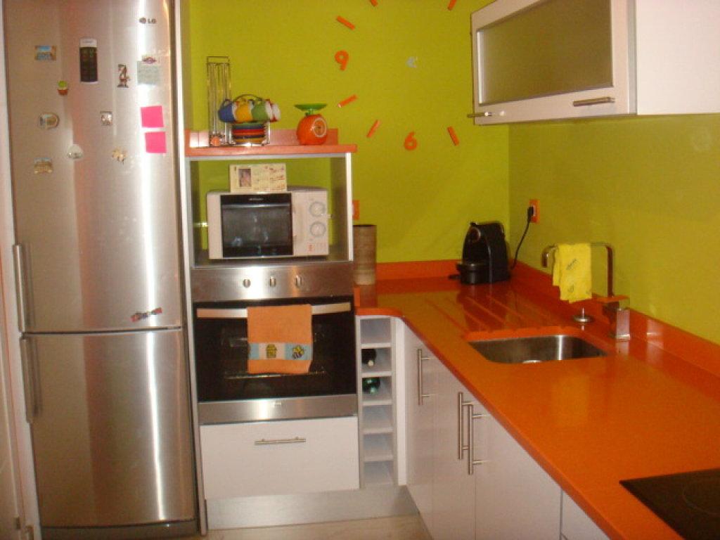 Cocinas menudo las ltimas tendencias en muebles de - Decoracion pared cocina ...