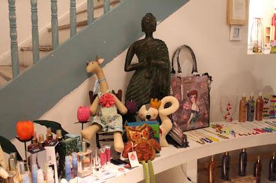 sucursal del diseño, feria de diseñadores caleños en la juana, barrio granada en cali, cooltura caleña, Calida, cali es moda, cali es cultura, cali es arte, emprendimiento cultural, empresas culturales de cali, iniciativas culturales de cali colombia