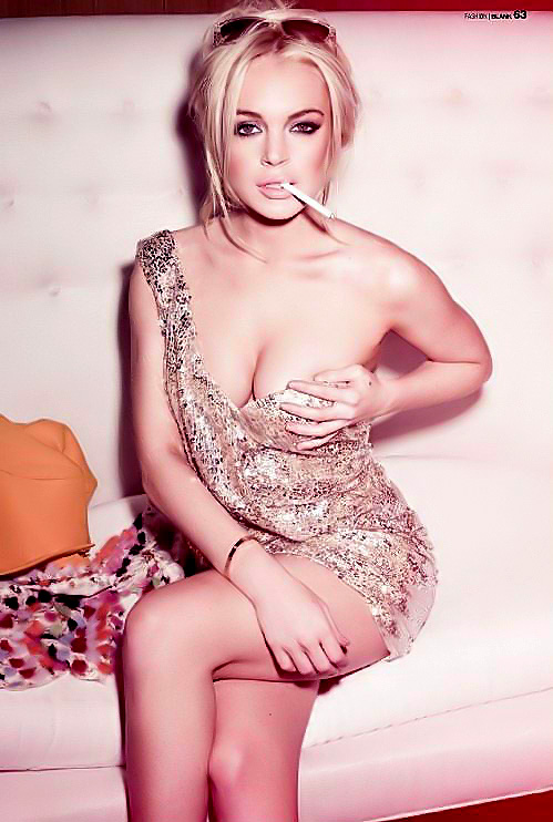 lindsay lohan hot sexy pics photos blank magazine hot photoshoot may 2011