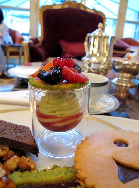 L'heure du thé au Crillon - Tarte renversée thé vert - fruits rouges