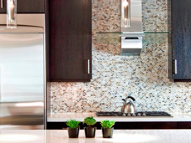 As We All Know, Glass Tile Is A Very Beautiful Material To Decorate Home.  Whatu0027s More, The Glazed Surface Of Glass Tile Can Reflect Light To Make  Room Look ...
