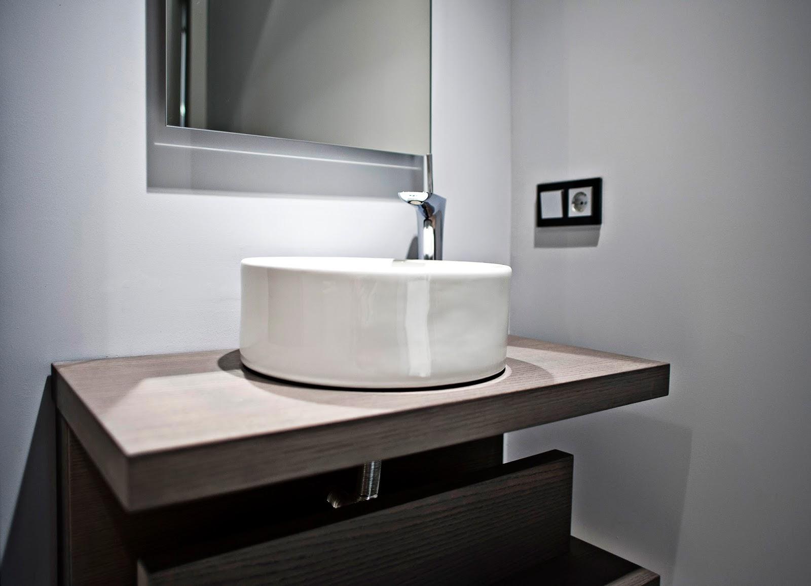 Dise o y estilo para ba os y cocinas en nuestras casas - Grifos para lavabos sobre encimera ...