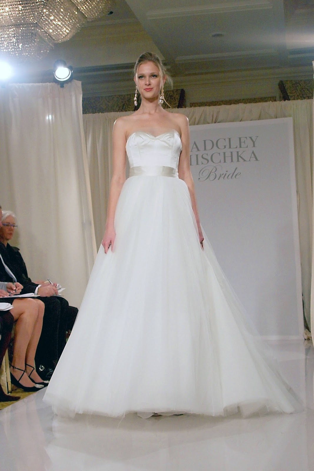 Badgley mischka bridal wedding dresses reference for for Wedding dress badgley mischka