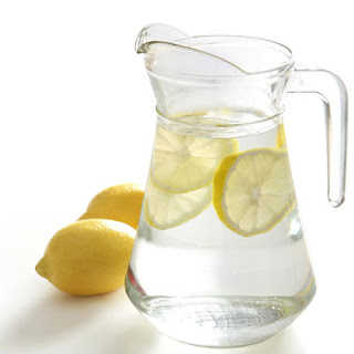 agua con limon