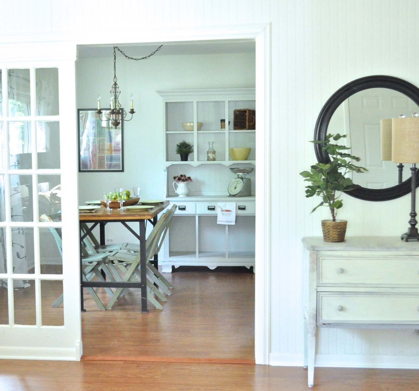 Light and bright cottage living room remodel..... - Jennifer Rizzo