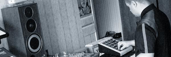 экспериментальная студийная сессия от 13 июня 2008 года Андрея Климковского и Игоря Колесникова  Experimental Studio session of electronic music by Klimkovsky & Kolesnikov (K-KVADRAT Project), the 13th of June, 2008