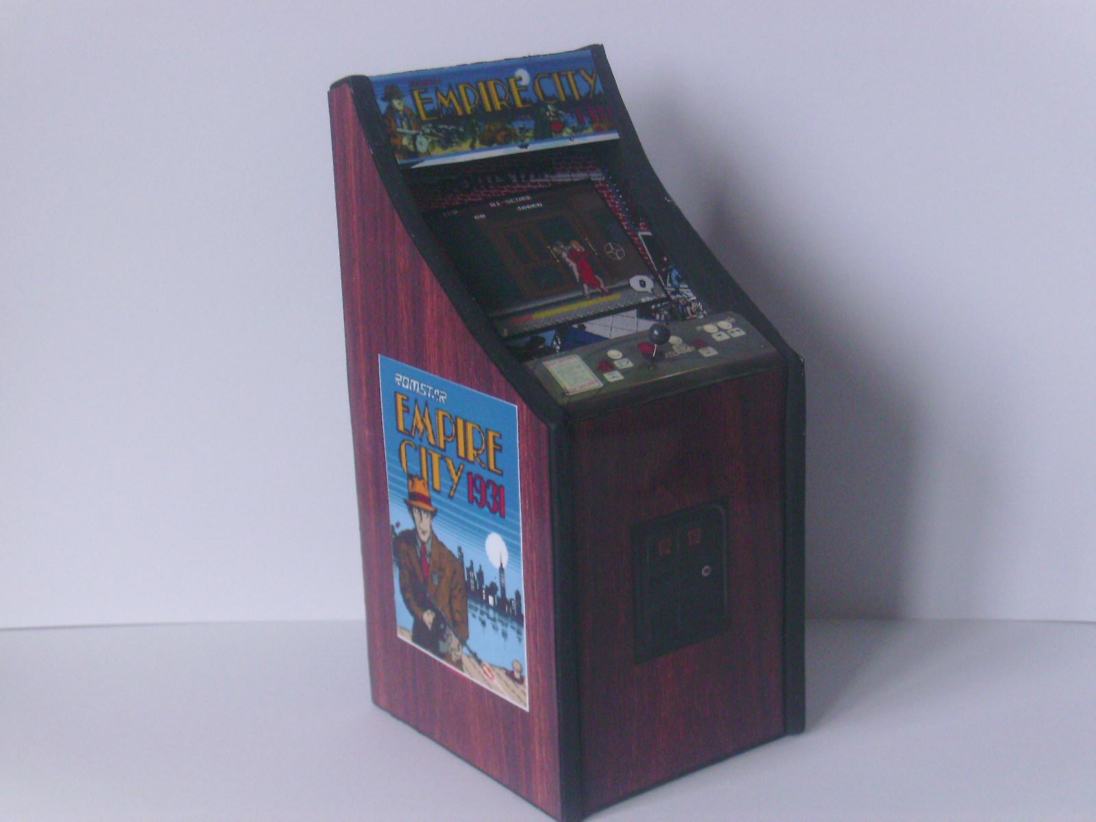 Retro Heart: EMPIRE CITY 1943 Cabaret Cabinet - Scale Arcade Model