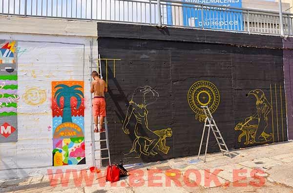 Graffitis H101 pintando