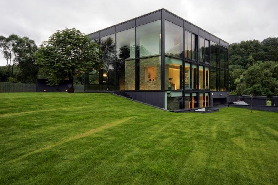Fachada de cristal por architectural bureau g natkevicius for Fachadas de cristal