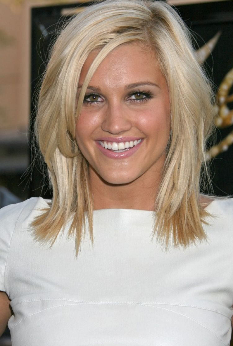 Medium short haircut medium short hairstyles are very charming medium