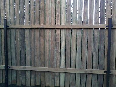 Как самостоятельно сделать забор из досок