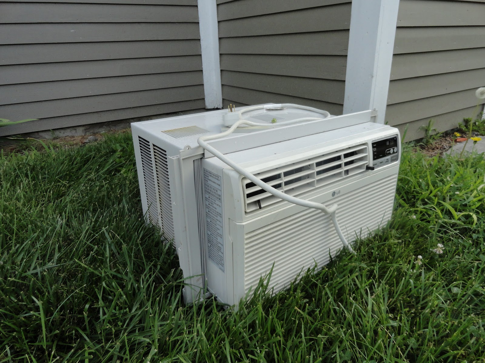 my air conditioner is broken Images Frompo 1 #485E32