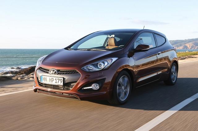 Hyundai i30 Coupé feiert Händlerpremiere