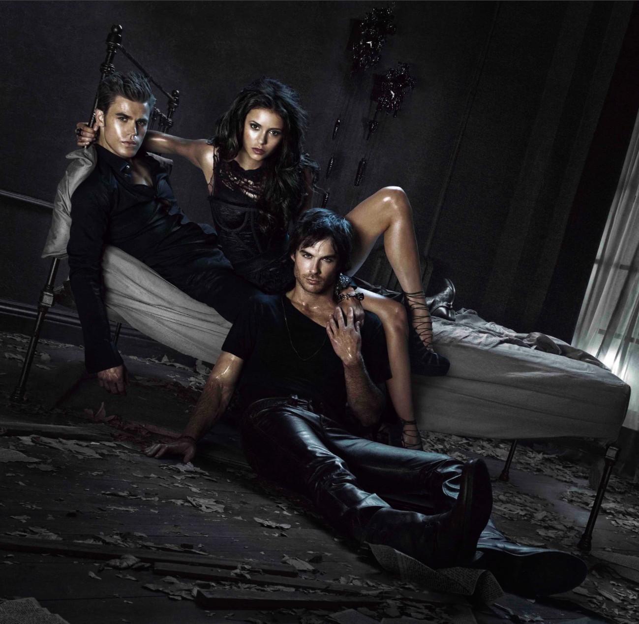 http://1.bp.blogspot.com/-obpM8RVldVM/UEnhKhO2aZI/AAAAAAAAASs/EXK_yd1nUZY/s1600/The-Vampire-Diaries-Season-2-Promo-ian-somerhalder-16407576-1299-1268.jpg