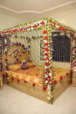 Interior design decorating ideas wedding bed decoration for Bed decoration with flowers pictures
