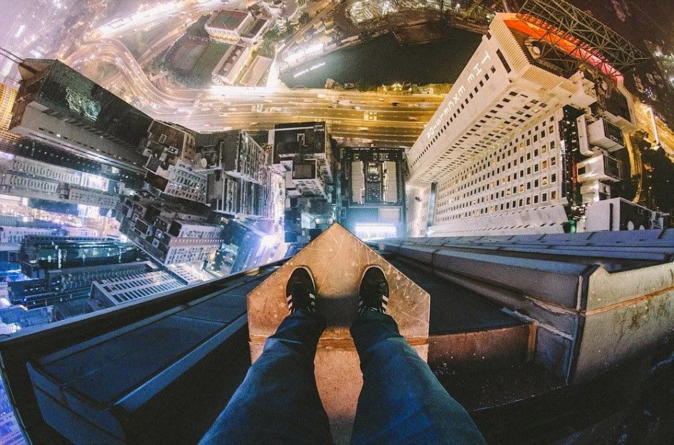 صورة من أعلى مبنى كوس واي باي