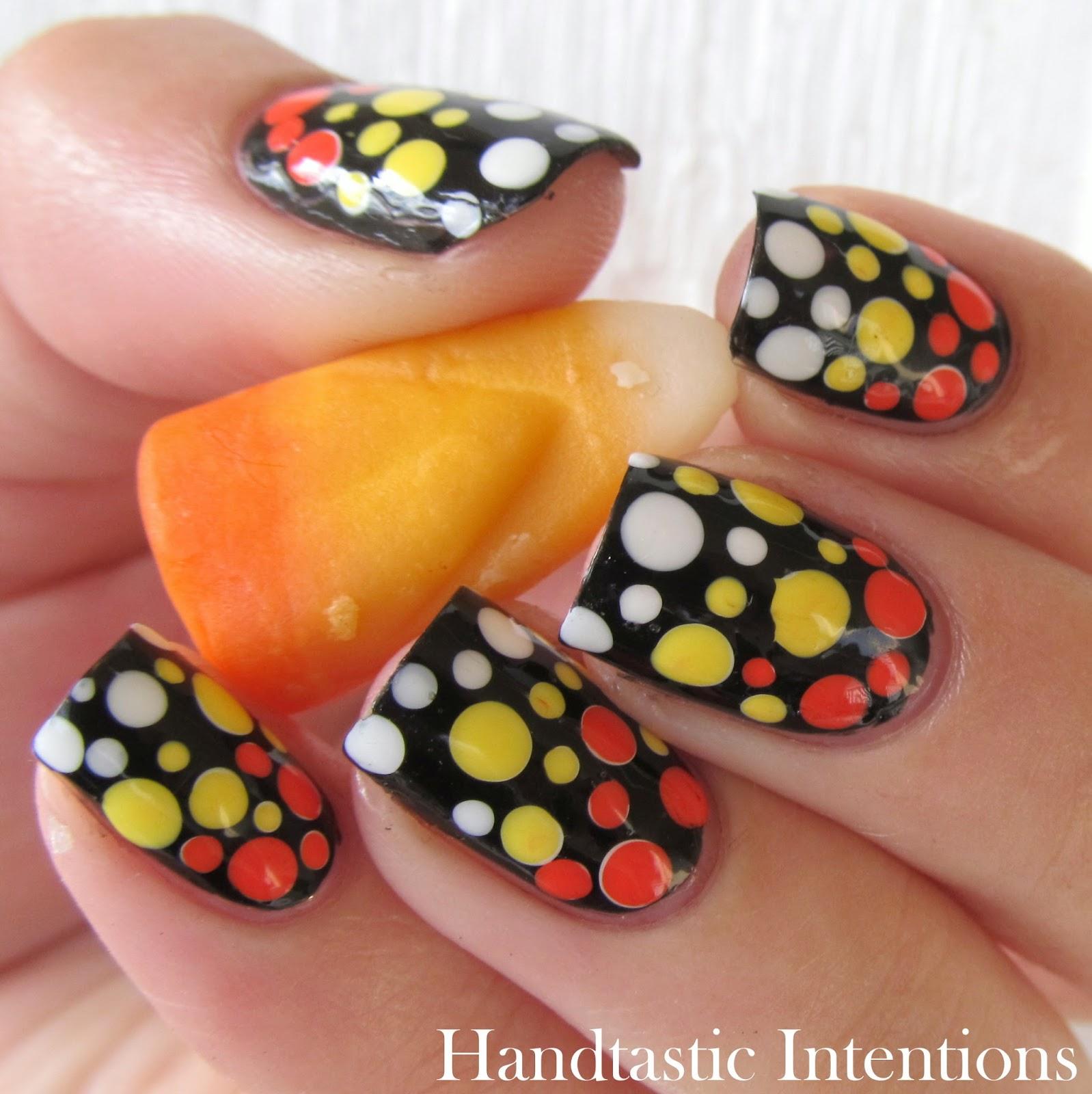 Candy-Corn-Nail-Art