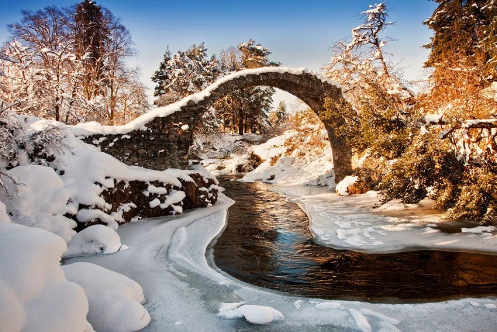 جسر Carrbridge اسكتلندا