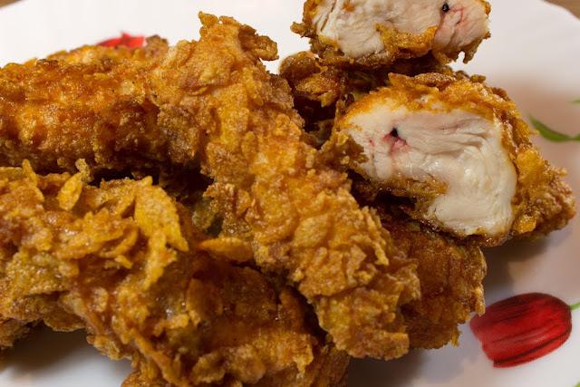 pollo especiado con cornr flakes terminado