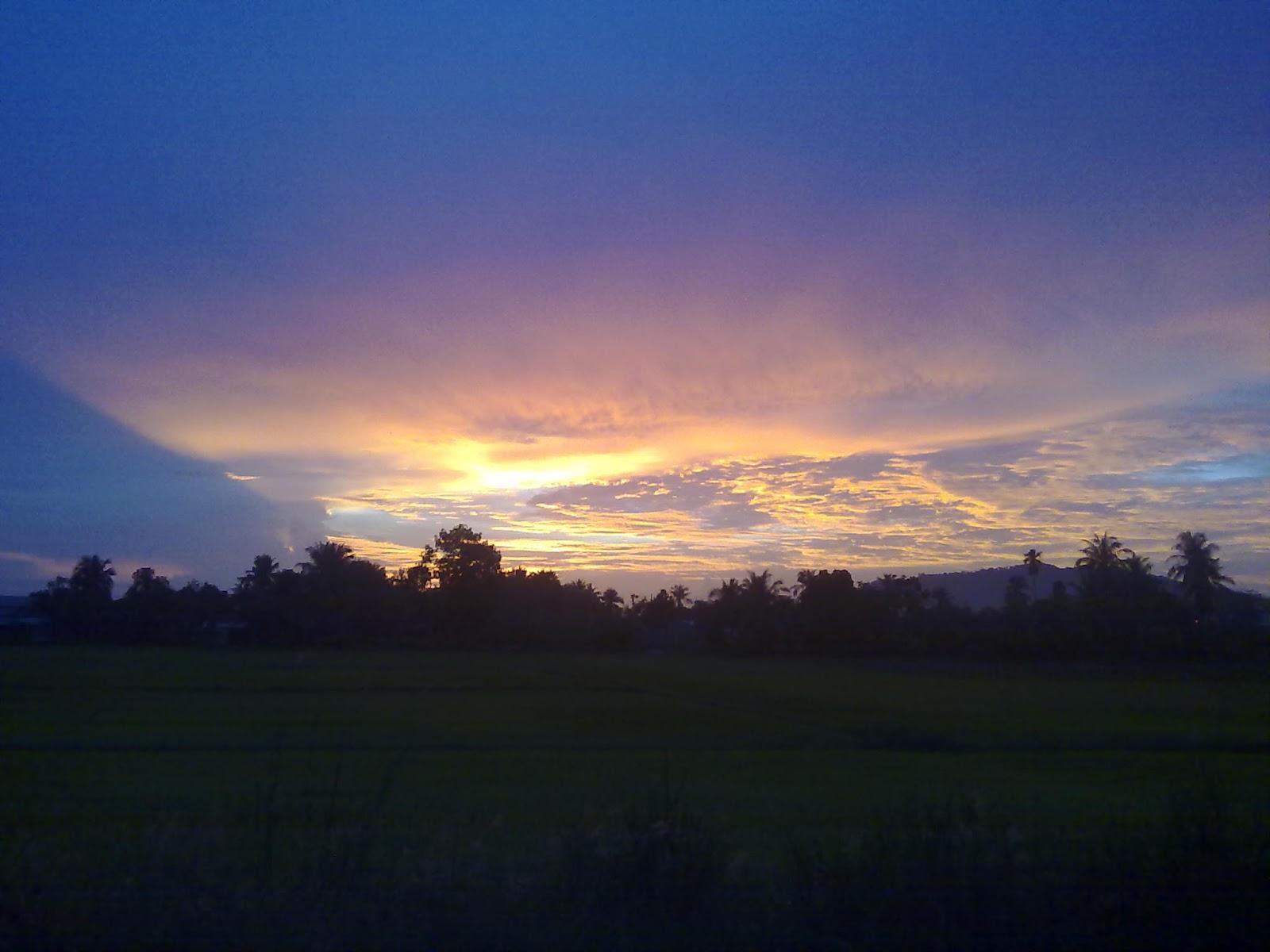 Penchenta Bantal Busuk: Panorama Dikala Senja