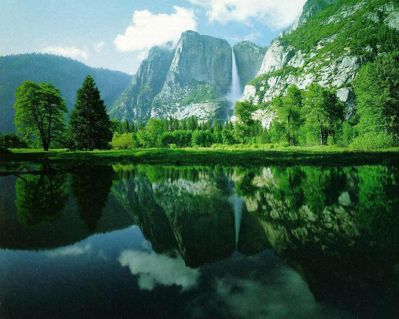 Kali ini kami akan memberikan sebuah gambar pemandangan alam yang ...