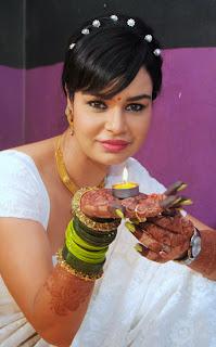Kavita Verma Celebrating Diwali Photo Gallery