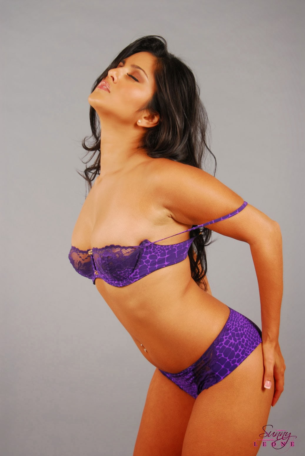 22 purple saree bhabhi sucking cock like pro - 5 10