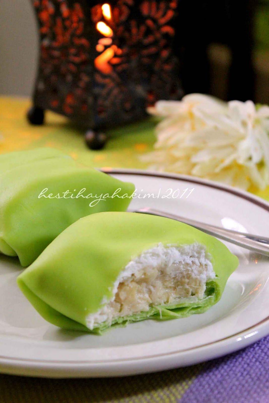HESTI'S KITCHEN : yummy for your tummy: Durian Pancake1067
