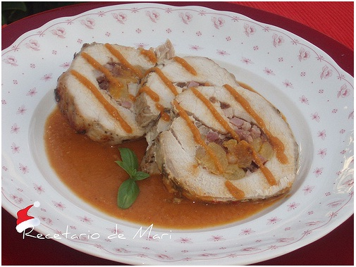 El recetario de mari cinta de lomo rellena de frutas for Cocinar cinta de lomo al horno