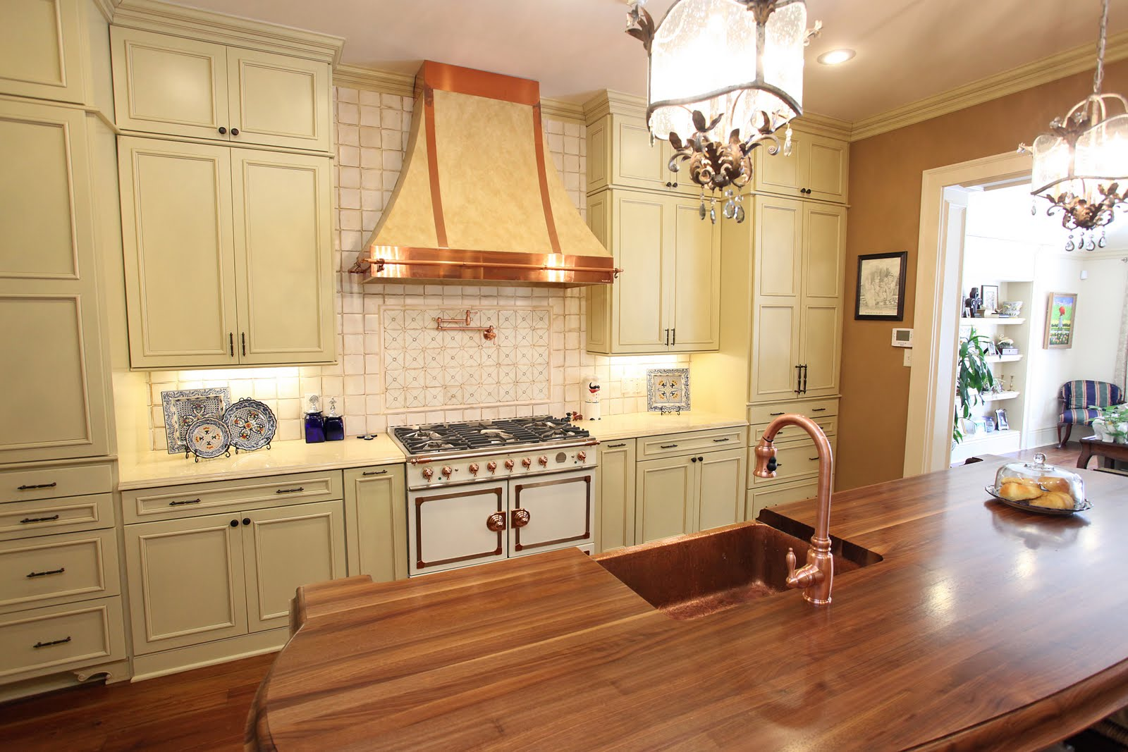 The art of the kitchen a new orleans style french country for New orleans style kitchen