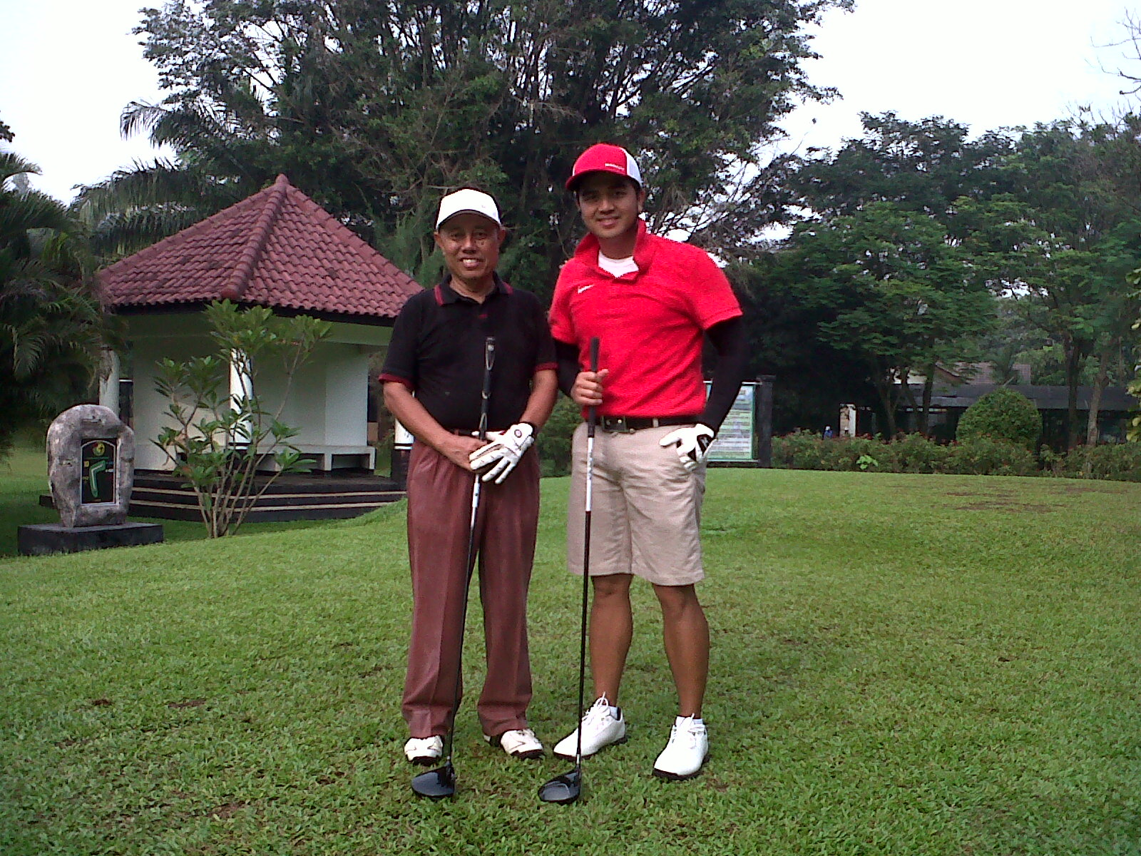 PRAKTEK MAIN GOLF