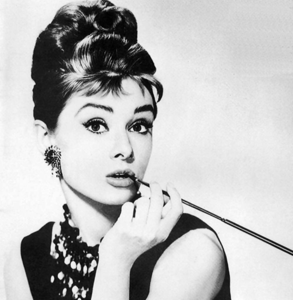 Trilby's Senior Blogs: Biography: Audrey Hepburn