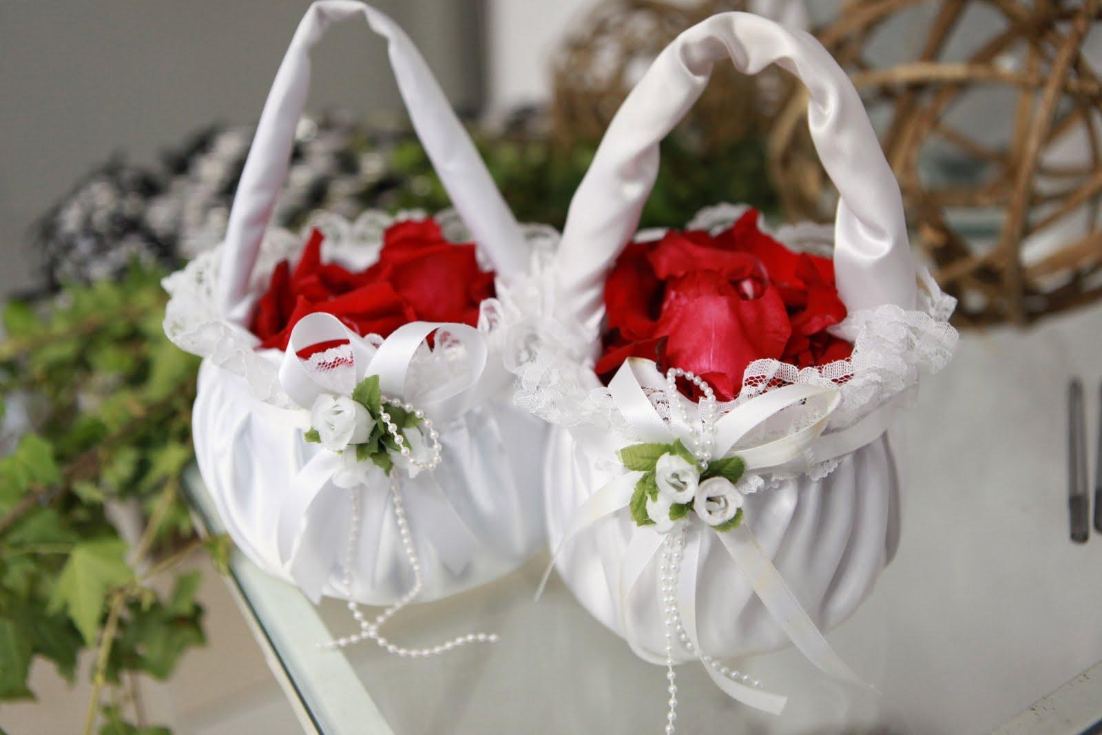 dos mais dificeis de encontrar variedade são as cestinhas da florista