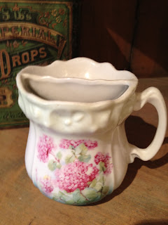 Antique Hunter Blog - Victorian Shaving Mug #5