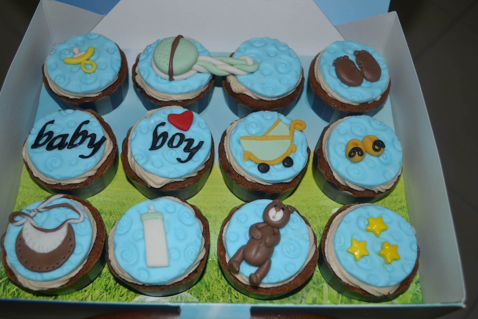 baby boy shower cupcakes coffee hazelnut with coffee buttericing