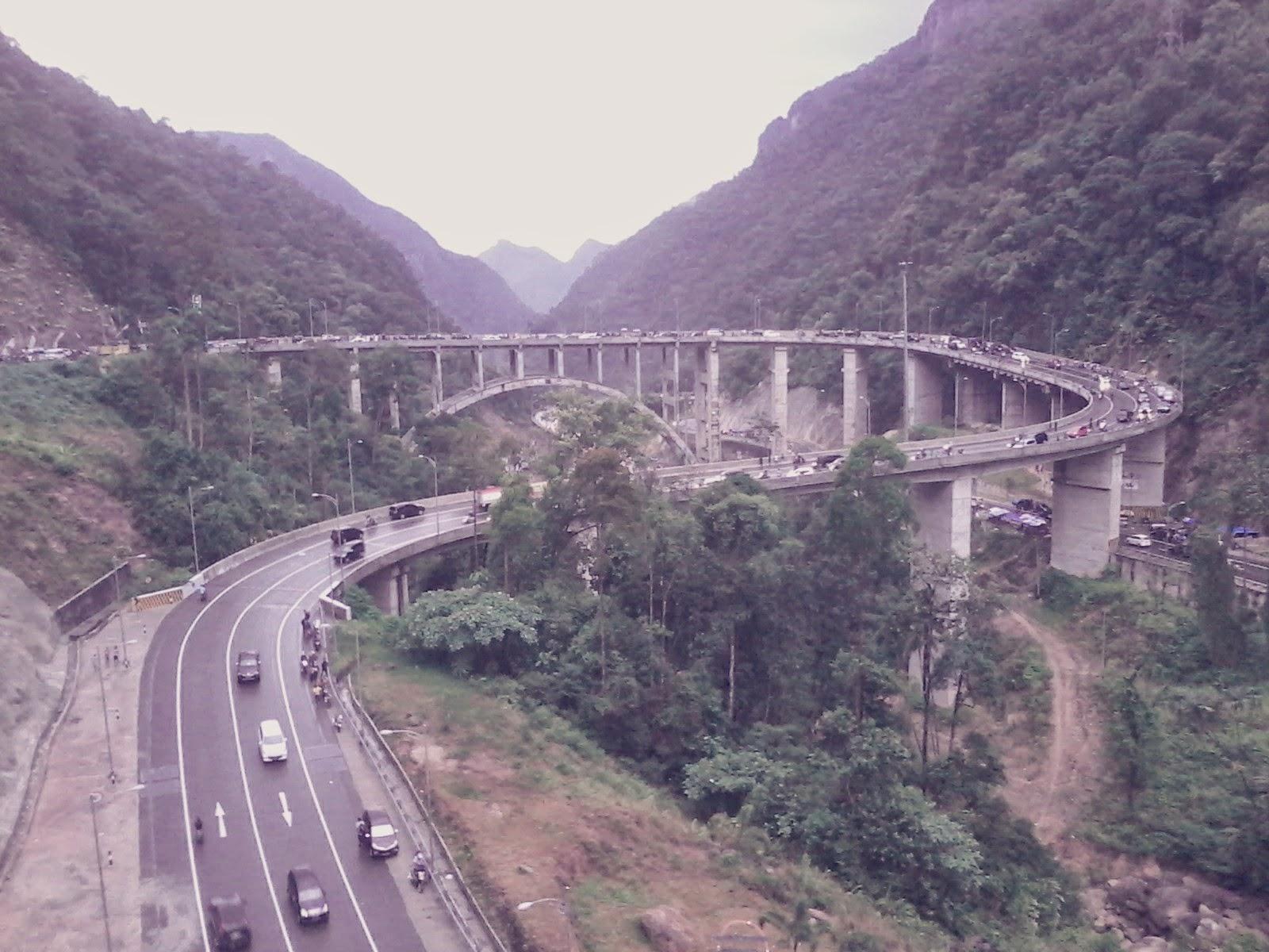 Jembatan Kelok 9 Sumatera Barat   MMufidLuthfi