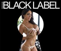 Aubrey Black Penthouse Austrália Dezembro 2015