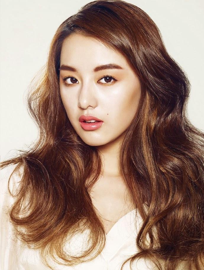 Kim Ji Won - Sure Magazine April Issue 2014