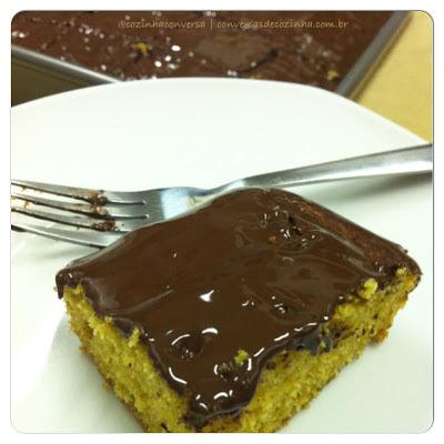 bolo, bolo de cenoura, receita de bolo de cenoura, como preparar um bolo de cenoura, bolo de cenoura com chocolate, bolo de chocolate,