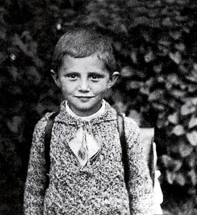 Joseph Ratzinger ainda criança