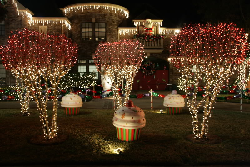 Christmas Decorations For Outside : Outdoor light decorations grasscloth wallpaper