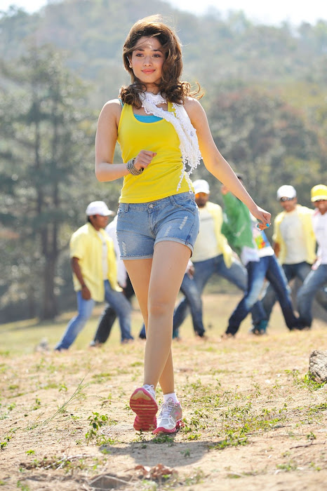 tamanna from racha movie unseen pics