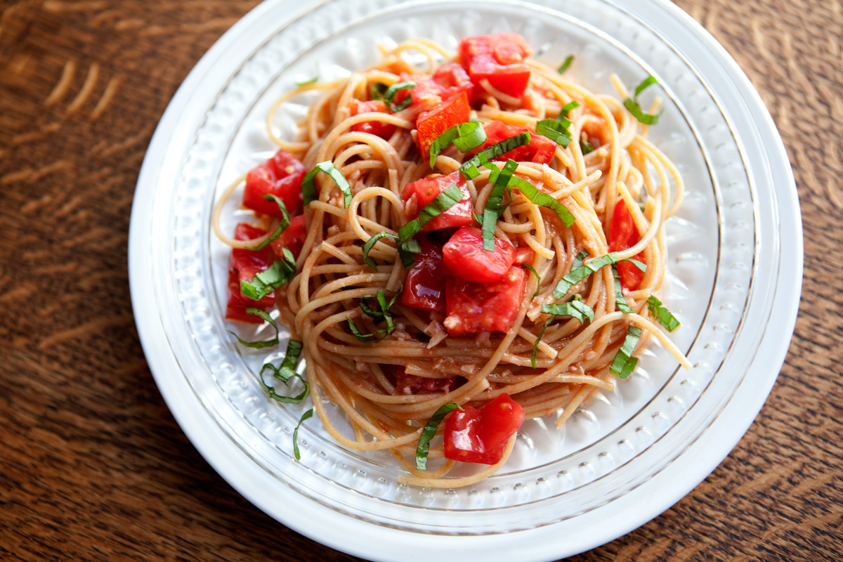 The Flour Sack: Buttery Tomato Pasta with Garlic & Basil
