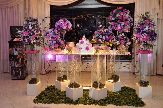 Decoração Gêmeas Ettys Mesa do Bolo  Rosa e Lisianto Lilas e Pink