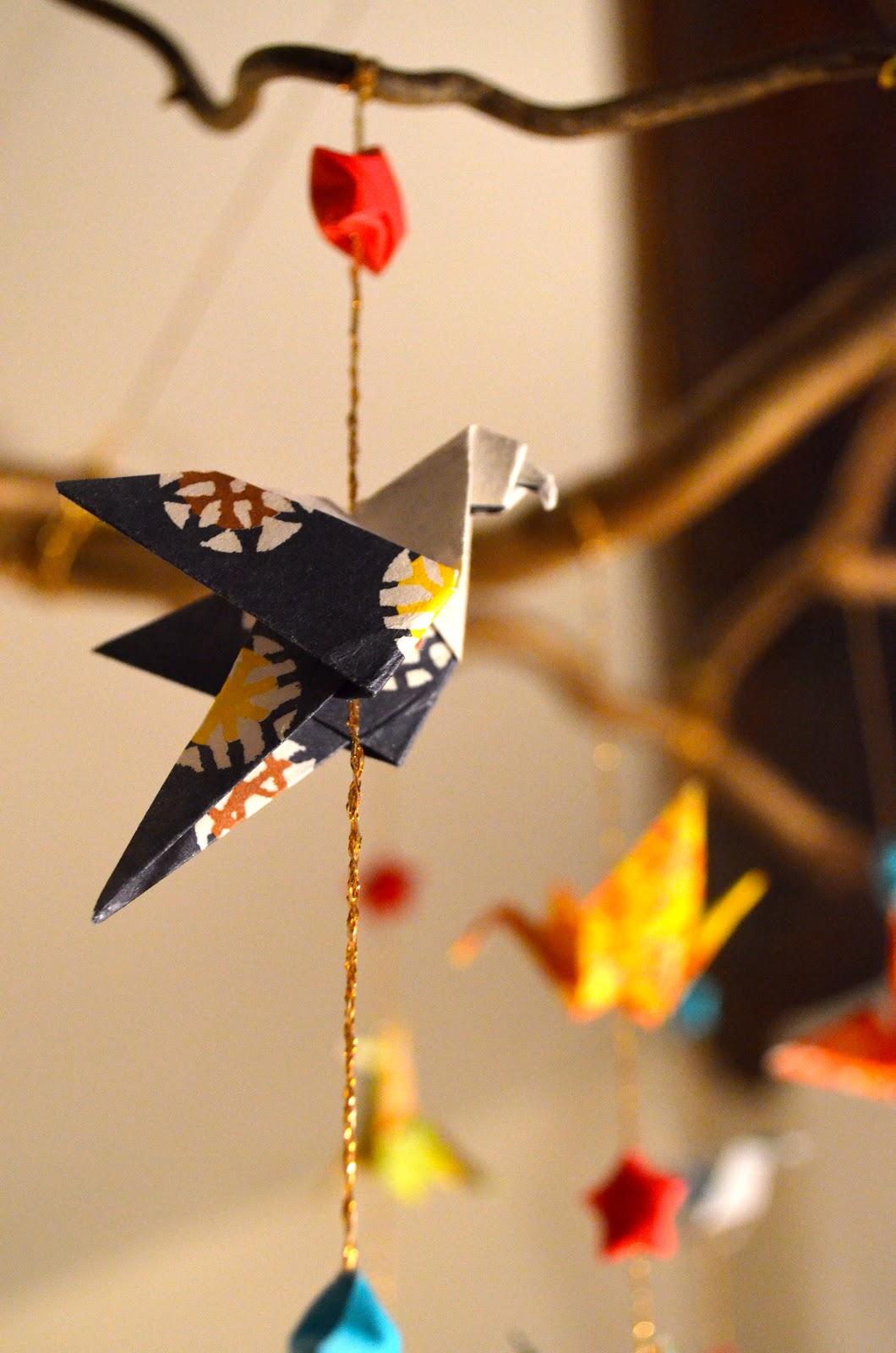 maurine 39 s blog mobile en origami diy. Black Bedroom Furniture Sets. Home Design Ideas