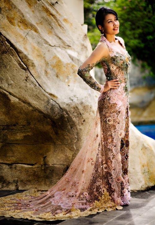 wedding plan elegant style as a wedding dress with modern