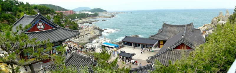 Haedong Yonggungsa Temple Busan Korea lunarrive Travel blog Singapore